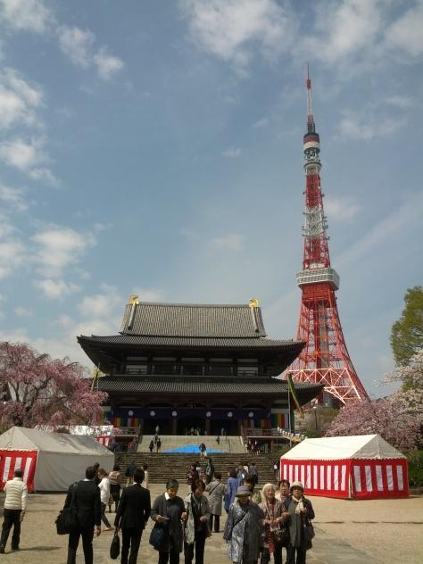 Tokyo Tower + Zojoji Tempel