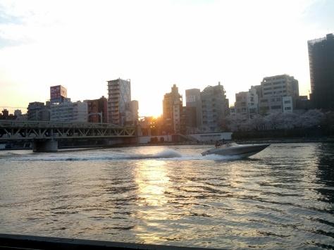 Auf der Bootsfahrt, der Sumida River Cruise