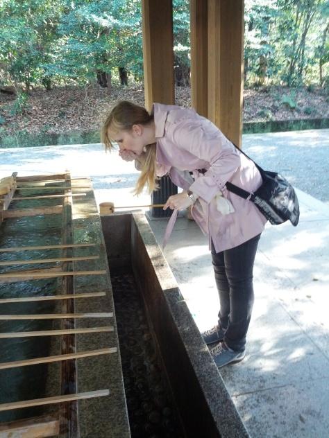 Meiji-Schrein #5 - Hände und Mund reinigen