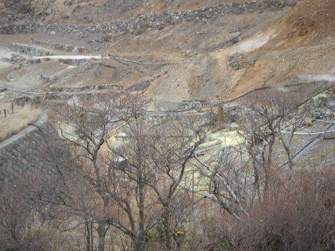Die Schwefelquellen im Berg von Owakudani