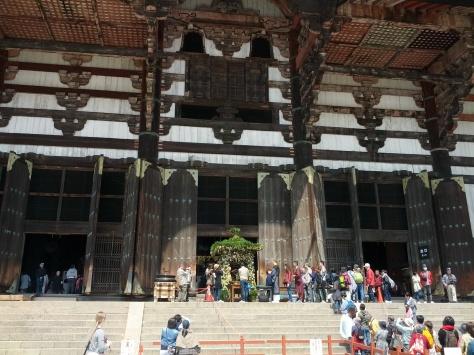Todai-ji #4 - seht ihr, wie groß die Halle ist?