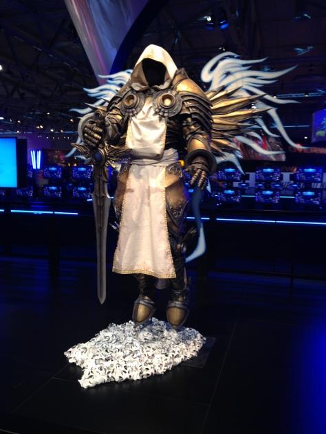 Und wieder mal eine coole Tyrael-Figur (auch wenn das das einzige von Diablo war)
